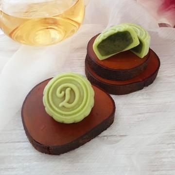 Green Tea Snowskin Mooncake